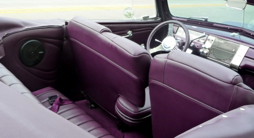 p1070529interior-of-purple-car