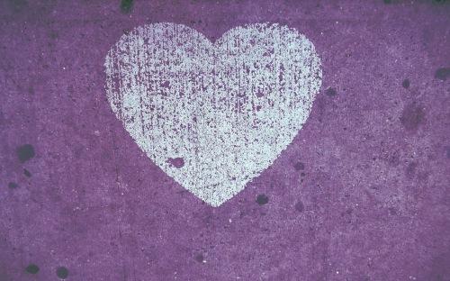 white heart on purple Tumblr Background