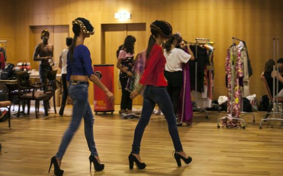 Black-Fashion-Week-12_070-580x361